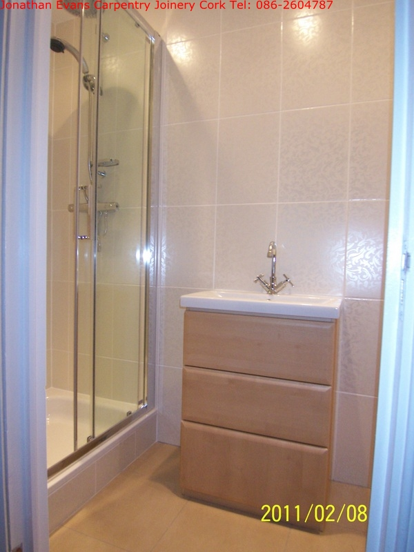 Bathroom en suite refurbishments carpentry joinery cork for Bathroom ideas ireland